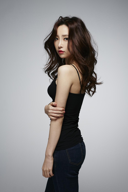 Model Factory Korean Female Model AhnSori