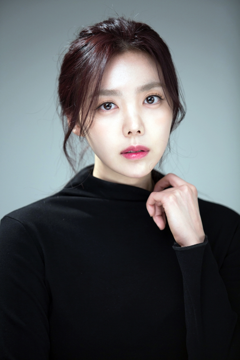 Model Factory Korean Female Model DanmeeK